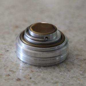 ЛЕОН оснастка для круглой печати с отделением под штемпельную подушку